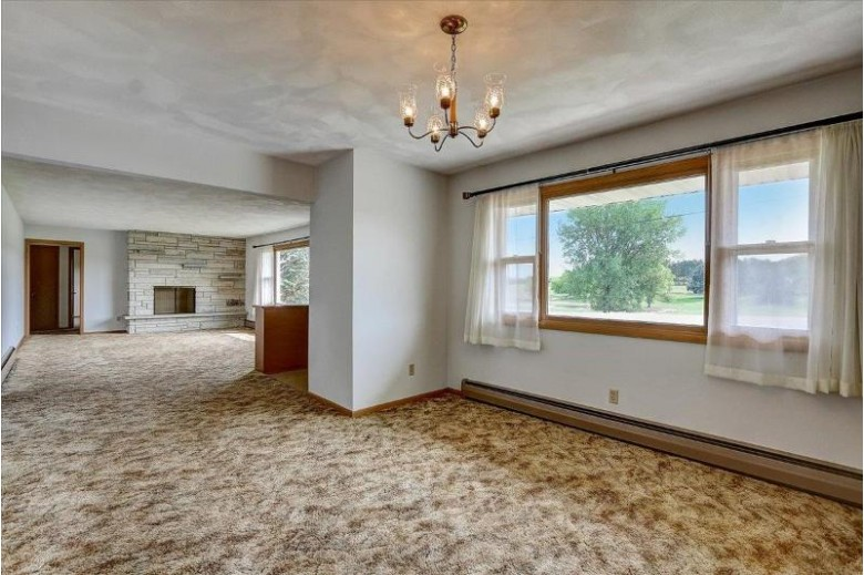 4961 County Road Q, Waunakee, WI by Re/Max Preferred $349,900