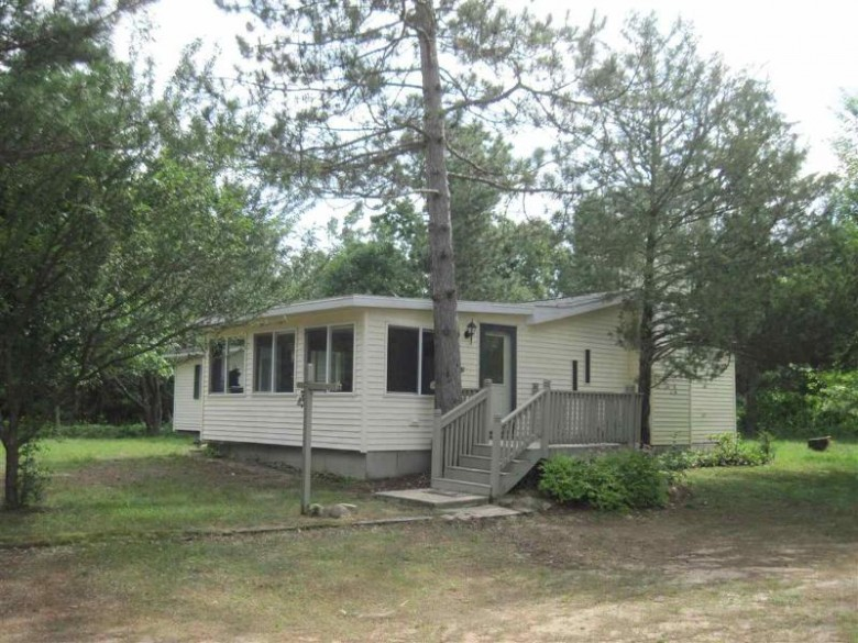 273 Cottonville Ln, Coloma, WI by Whitemarsh Realty Llc $195,000