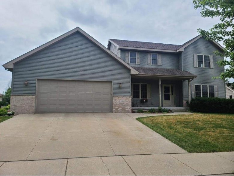 706 Pleasant Valley Pky Waunakee, WI 53597 by First Weber Real Estate $450,000