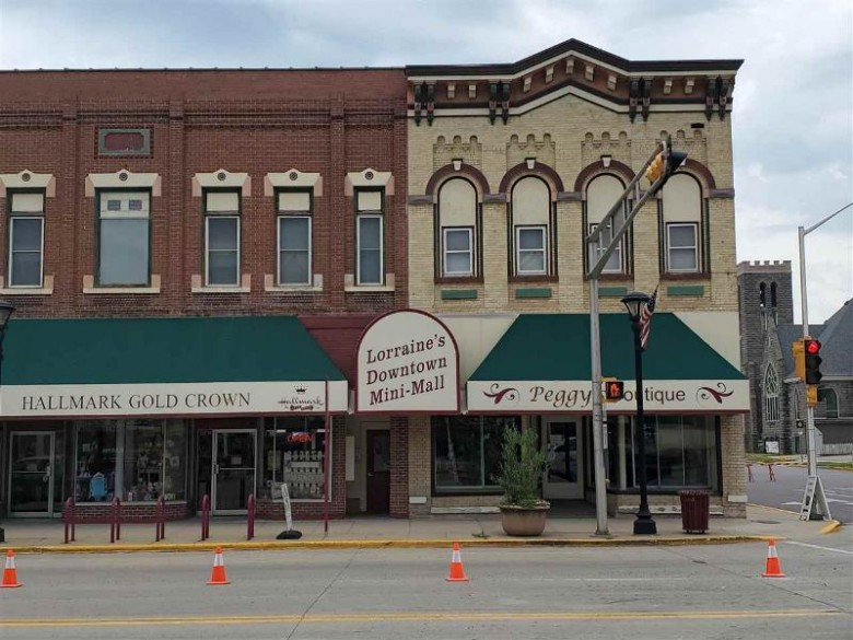 297 E Main St Reedsburg, WI 53959 by First Weber Real Estate $425,000
