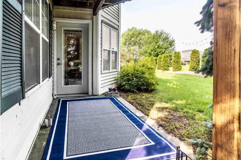 829 Jenna Ct Verona, WI 53593 by First Weber Real Estate $227,900