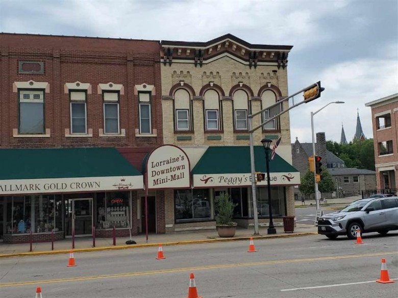 297 E Main St 2 Reedsburg, WI 53959 by First Weber Real Estate $28,000