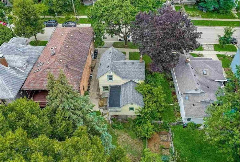 1333 E Dayton St Madison, WI 53703 by Coldwell Banker Success $245,000