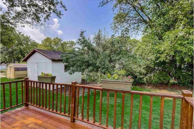157 5th St Prairie Du Sac, WI 53578 by First Weber Real Estate $189,900