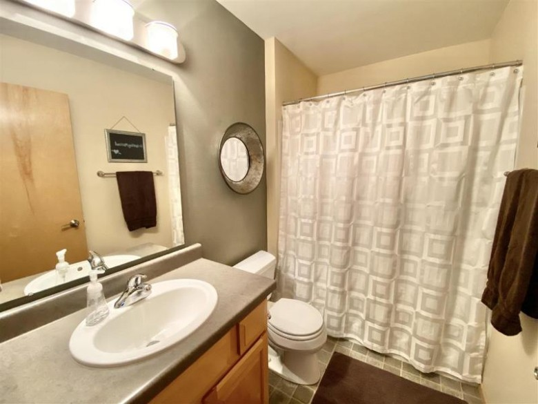 7637 Lindemann Tr Madison, WI 53719 by Jmp Properties $359,900