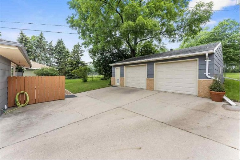 4230 Portland Pky, Madison, WI by Mhb Real Estate $329,000
