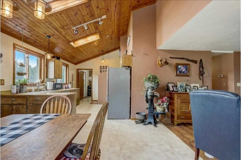W5128 Wangsness Rd, DeForest, WI by Elite Realty Services, Llc $365,000
