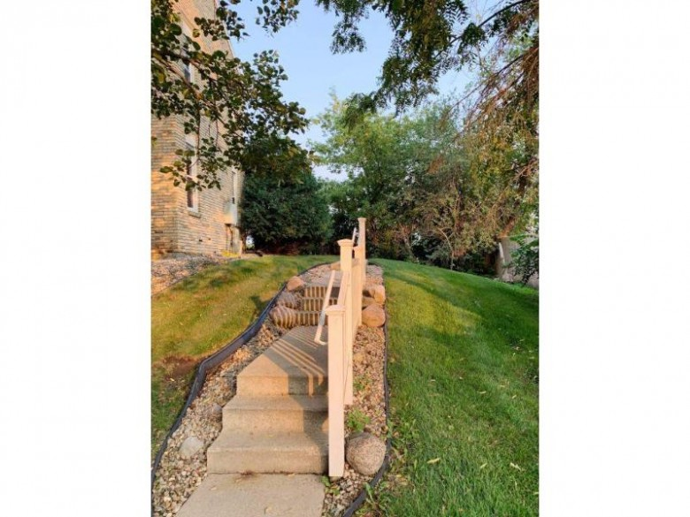 6715 Park Edge Dr C Madison, WI 53719 by Madcityhomes.com $149,900