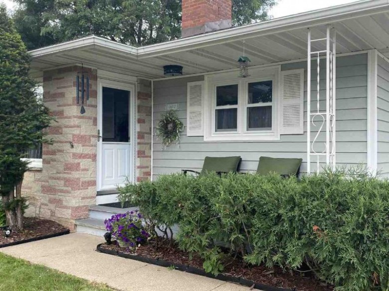 1719 Stoughton Ave Tomah, WI 54660 by Century 21 Affiliated $169,900