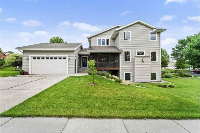 5266 Blackberry Dr Fitchburg, WI 53711 by Mhb Real Estate $449,900
