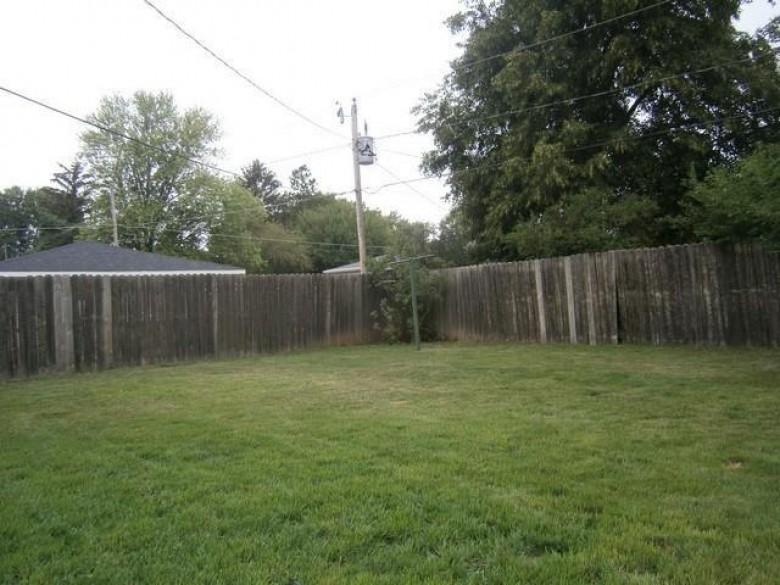 1324 Anthony Ave Janesville, WI 53546 by First Weber Real Estate $165,000