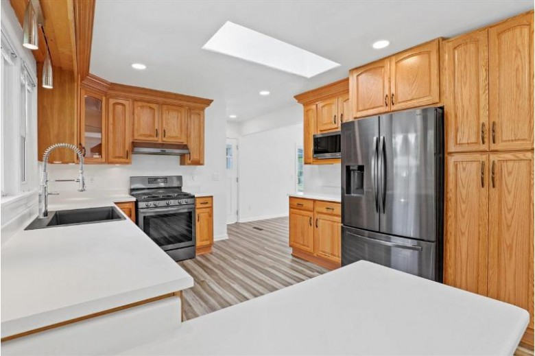 4413 Tokay Blvd Madison, WI 53711 by Re/Max Preferred $475,000