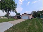 435 Applewood Ln Janesville, WI 53548 by First Weber Real Estate $185,000