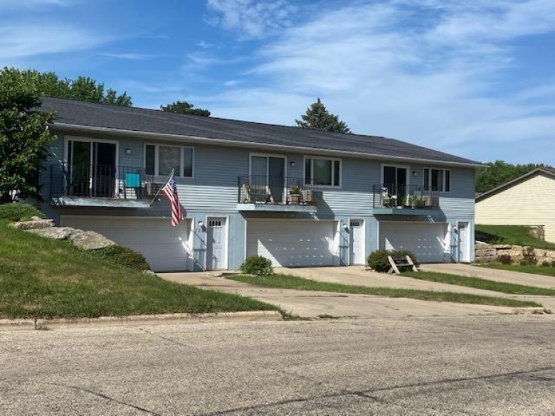 115-117-119 Parkway Dr, Mount Horeb, WI by Restaino & Associates Era Powered $415,000
