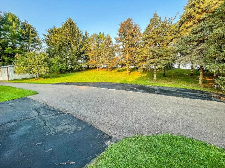 W5003 County Road S Horicon, WI 53032 by Century 21 Affiliated $439,000
