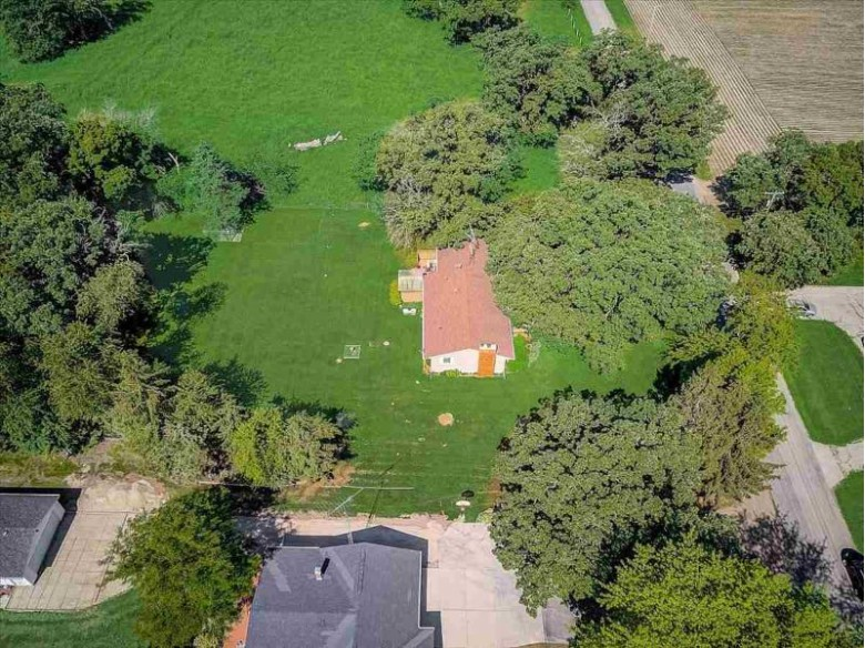 W7097 Mansfield Rd Lake Mills, WI 53551 by Re/Max Preferred $315,000