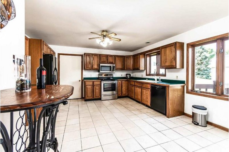 5 Connecticut Ct Madison, WI 53719 by First Weber Real Estate $289,900