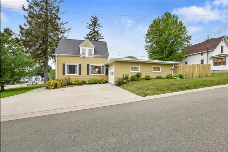 318 E Division St, Dodgeville, WI by The Professional Brokers $224,900