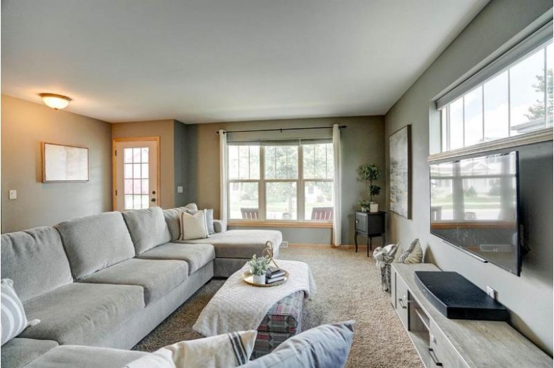 509 Pine Lawn Pky Verona, WI 53593 by First Weber Real Estate $349,900
