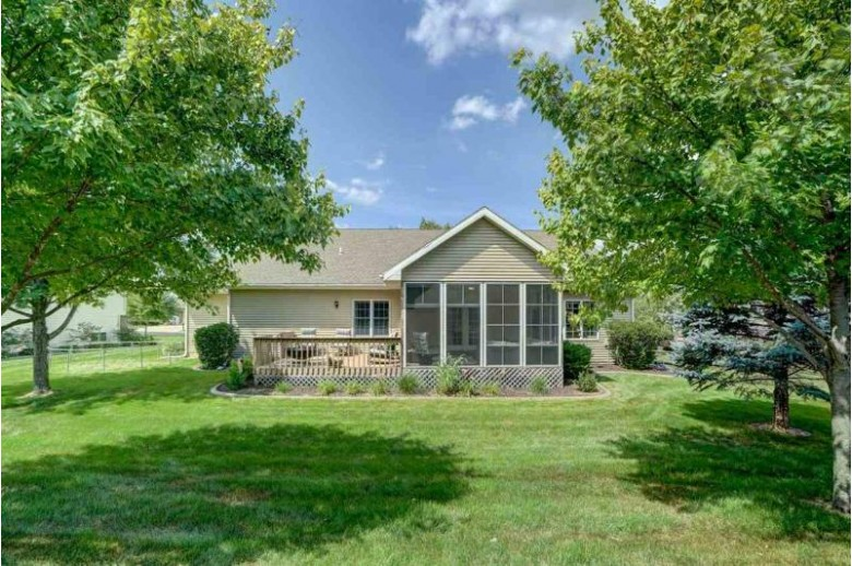 904 Stoney Hill Ln Cottage Grove, WI 53527 by Re/Max Preferred $499,900