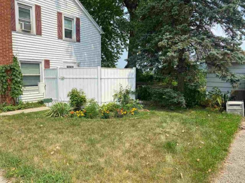 718-720-722 Water St, Prairie Du Sac, WI by First Weber Real Estate $260,000