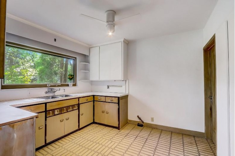 2713 Chamberlain Ave, Madison, WI by Solidarity Realty, Llc $449,900
