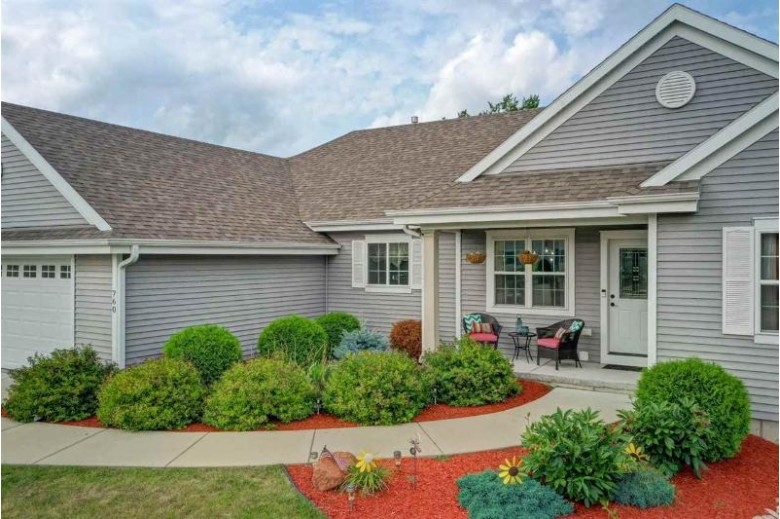 760 Summerset Dr Johnson Creek, WI 53538 by Keller Williams Realty Signature $365,000