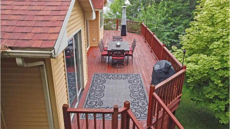 2135 Sunset Dr Reedsburg, WI 53959 by Re/Max Grand $399,000