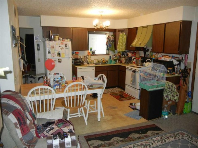 6676-6678 Fairway Cir, Windsor, WI by Coldwell Banker Success $319,900