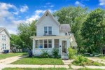 424 N Pearl St, Janesville, WI by Zuelke Real Estate Team $155,000