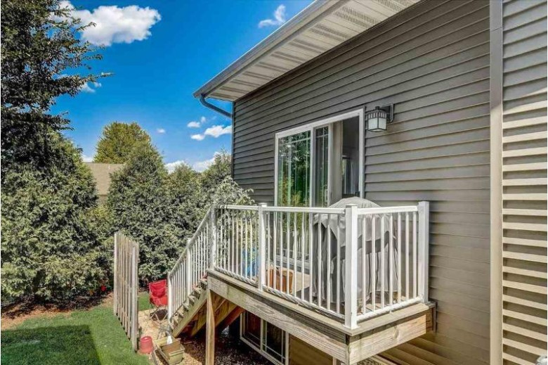 4232 Cortland Ct, Windsor, WI by Re/Max Preferred $298,900