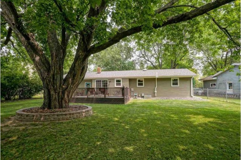 920 Bruce St, Sun Prairie, WI by Century 21 Affiliated $274,900