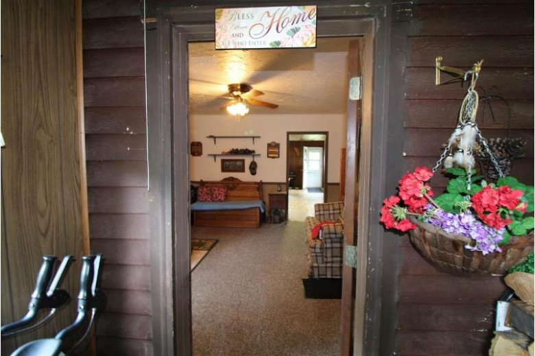 128 E South Lake St Hancock, WI 54943 by Realty Solutions $89,900