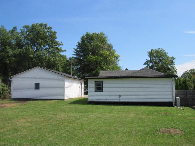 1221 29th Ave Monroe, WI 53566 by First Weber Real Estate $121,000