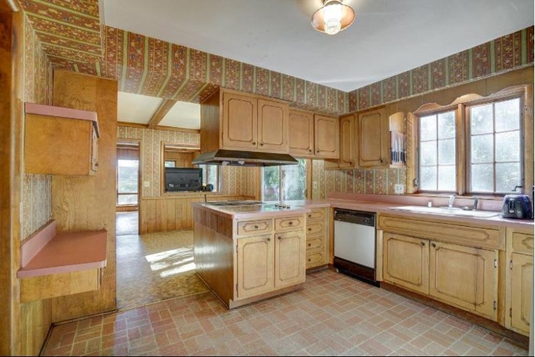 4717 Lafayette Dr Madison, WI 53705-4827 by First Weber Real Estate $520,000