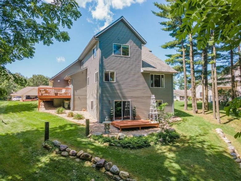 2230 Sunset Dr Reedsburg, WI 53959 by Re/Max Preferred $384,900