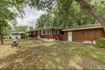 305 Breezy Point Dr Pardeeville, WI 53954 by Restaino & Associates Era Powered $200,000