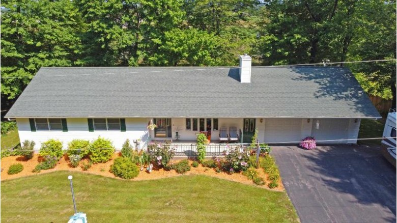 E8016 Lake Virginia Rd, Reedsburg, WI by First Weber Real Estate $289,000