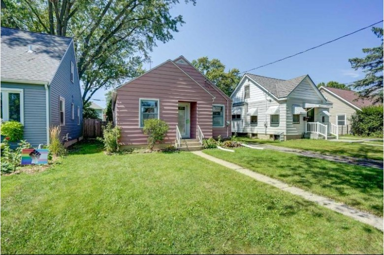 38 Wirth Ct Madison, WI 53704 by First Weber Real Estate $264,900