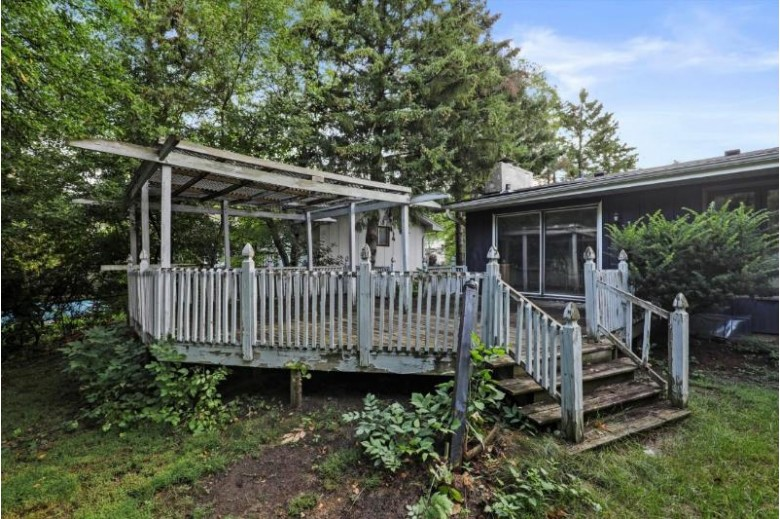 502 San Juan Tr, Madison, WI by Realty Executives Cooper Spransy $349,000