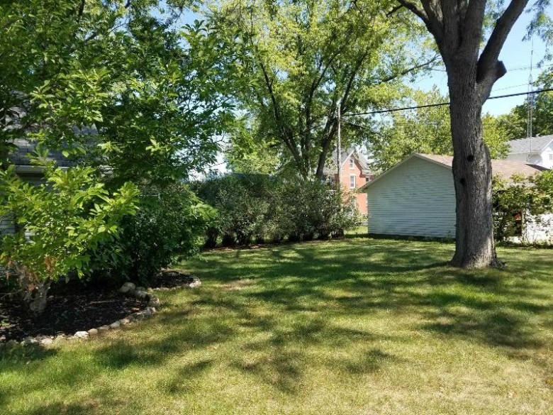 1005 10th St, Brodhead, WI by Real Estate Connections Scw, Llc $239,900