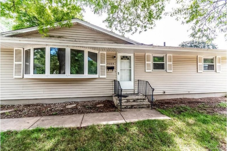 5225 Academy Dr, Madison, WI by Realty Executives Cooper Spransy $270,000