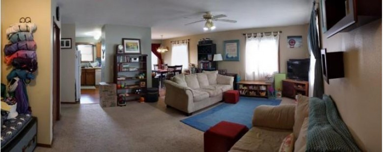 2638-2640 Chesapeake Dr Fitchburg, WI 53719 by The Mcgrady Group, Llc $410,000