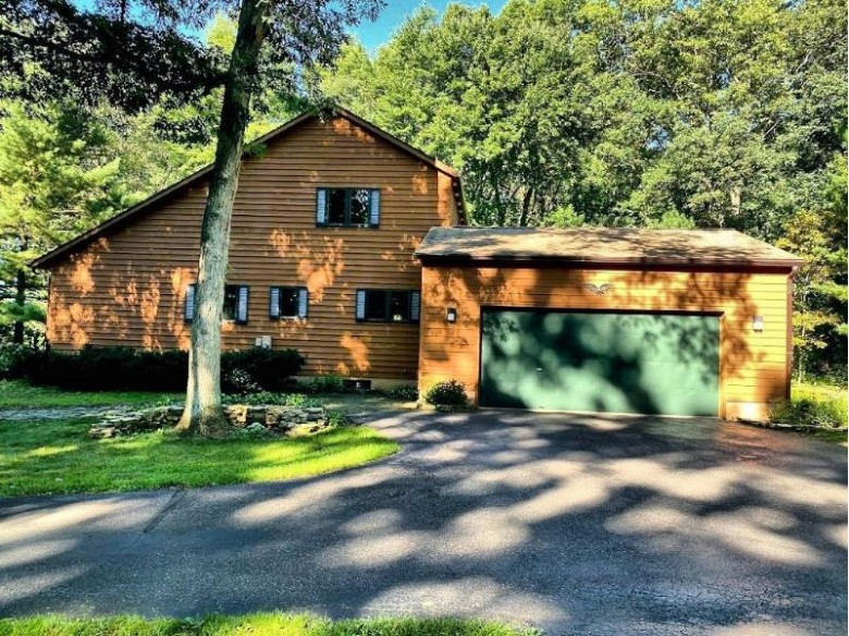 E9916 Trophy Tr Reedsburg, WI 53959 by First Weber Real Estate $350,000