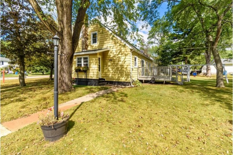 1002 Bowman Rd Wisconsin Dells, WI 53865 by First Weber Real Estate $194,900