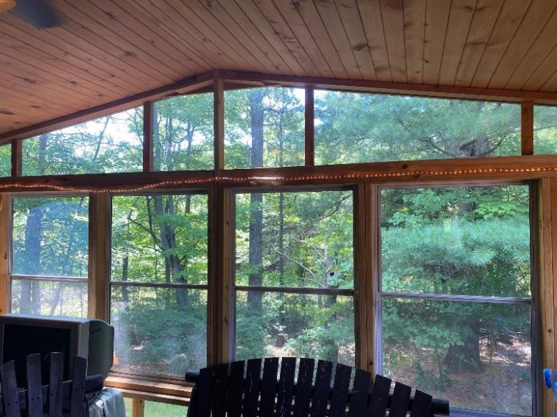 300 Pine Meadow Ct Wisconsin Dells, WI 53965 by Cold Water Realty, Llc $262,500