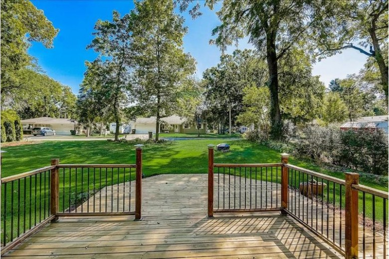 140 Phillips Ln Lake Mills, WI 53551 by Re/Max Shine $299,900