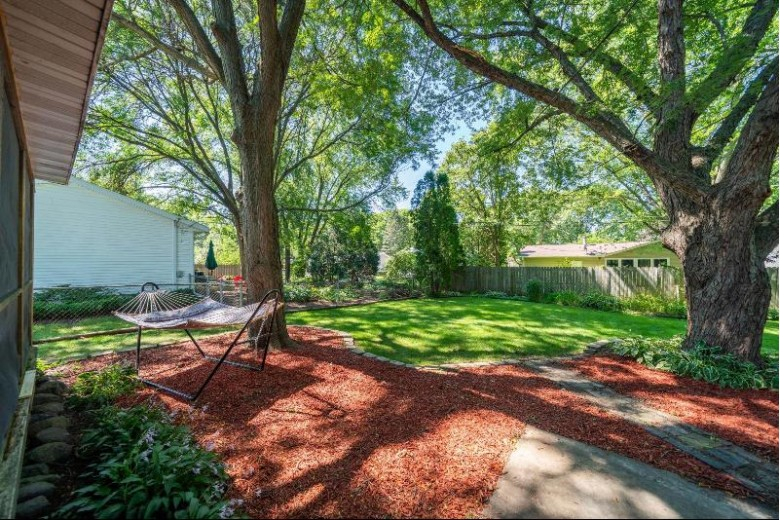 1502 Rae Ln Madison, WI 53711 by Re/Max Preferred $279,900