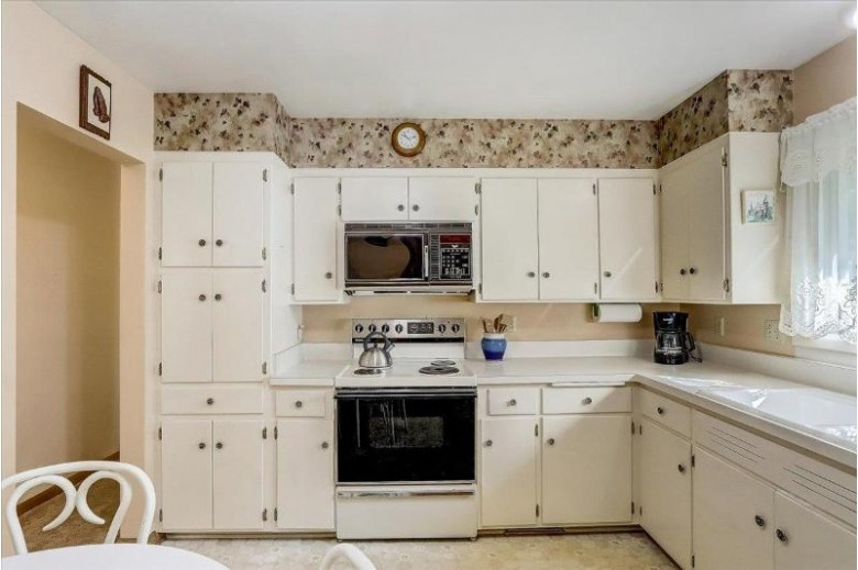 3709 Susan Ln Madison, WI 53704 by First Weber Real Estate $269,900