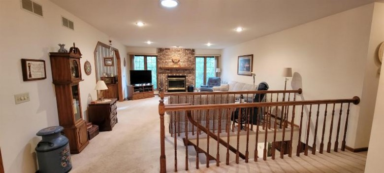 5311 N Cook St McFarland, WI 53558 by Home Brokerage And Realty $409,900